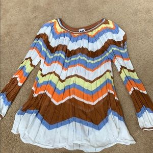 Missoni lightweight sweater full of color!